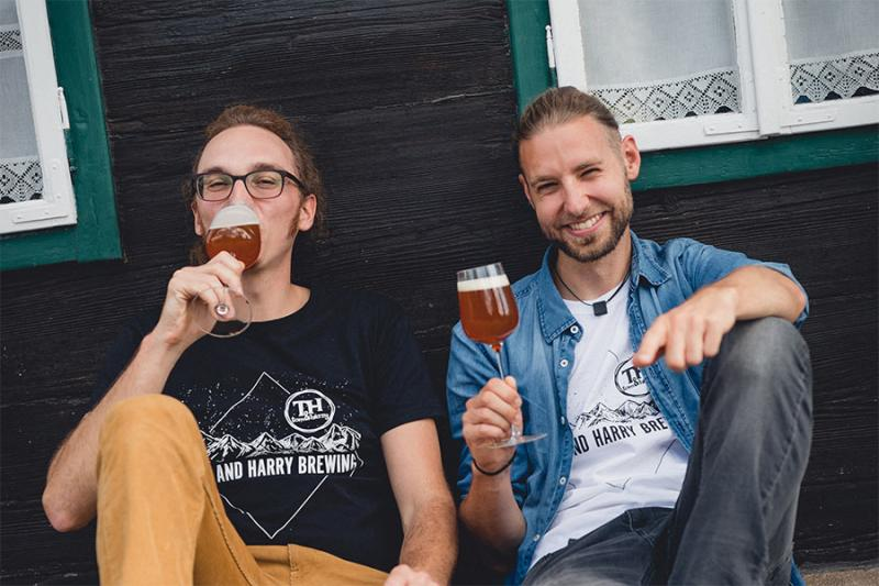 Verkosten Sie das spezielle Bier und werden Sie zum Fan von Tom & Harry Brewing. Foto: nixxipixx