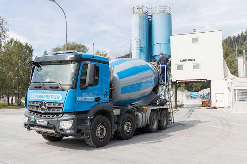 Die Firma Schaberreiter handelt vorwiegend mit Transportbeton. Foto: Meieregger