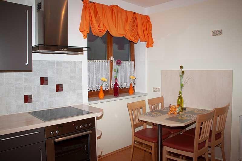 Die Küche ist modern ausgestattet. Foto: Pamela Kaiser