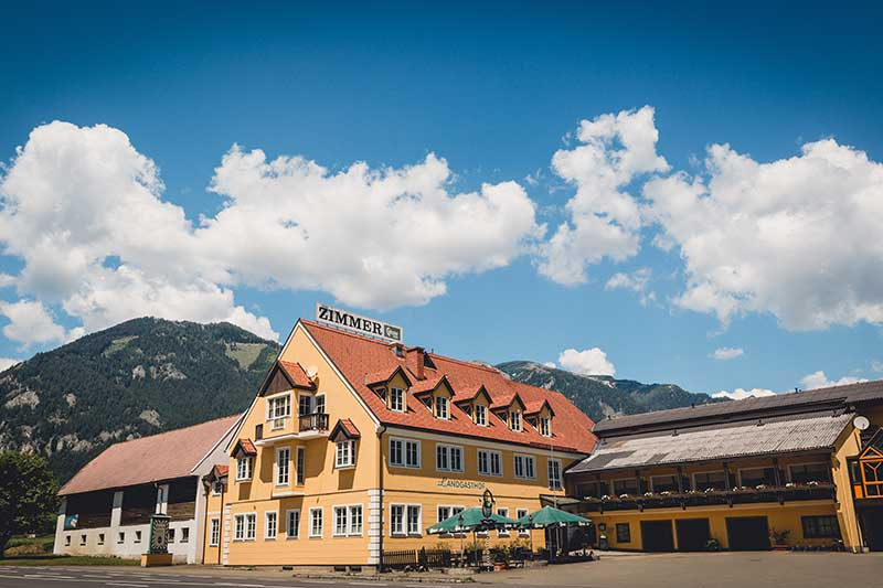 Der Landgasthof Gietl befindet sich mitten in der Steiermark. Foto: nixxipixx